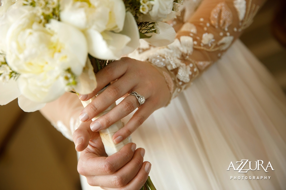 ring_and_bouquet