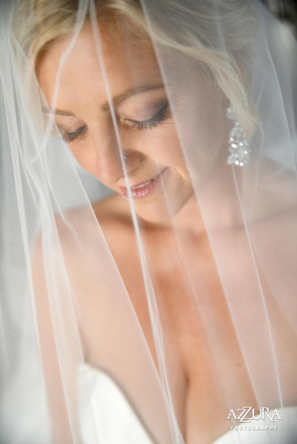 bride_under_veil