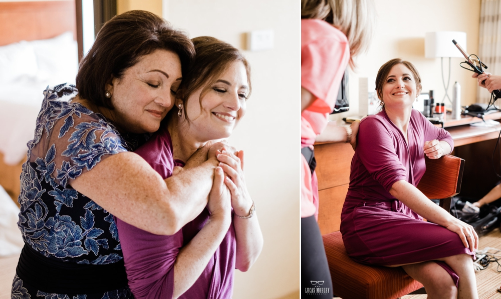 bride_hugging_mom