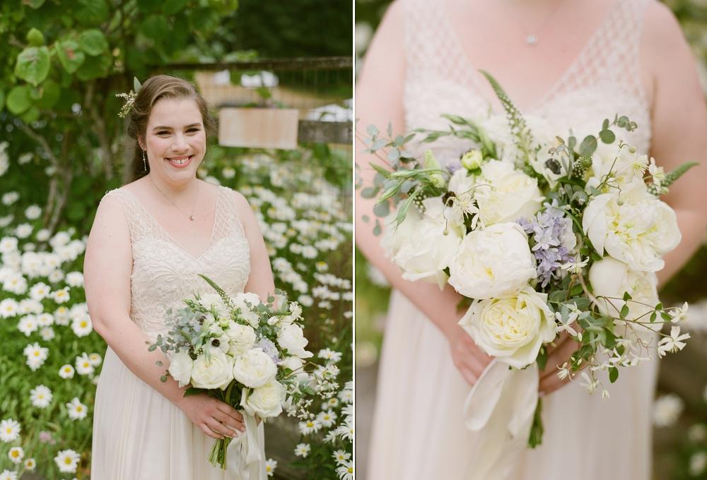 bride_with_bouquet