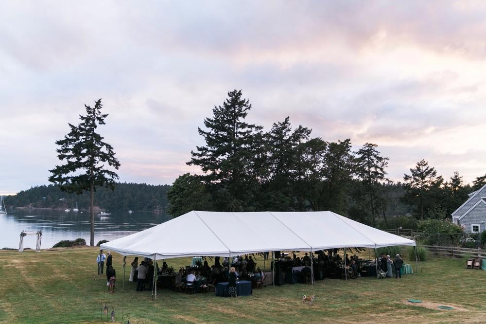 wedding_tent_at_sunset