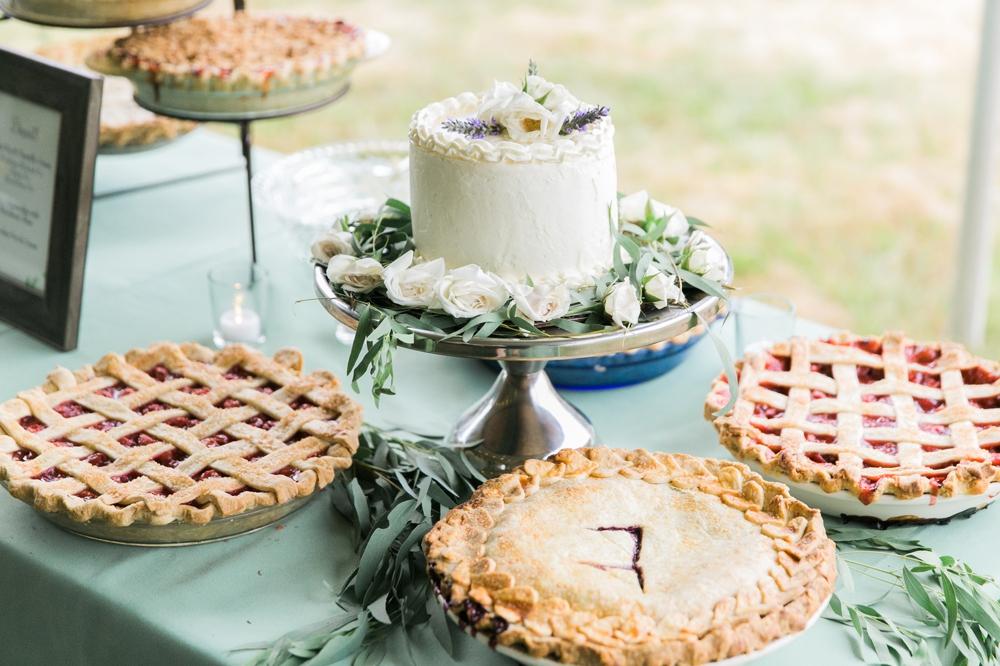 wedding_cake_and_pie_details