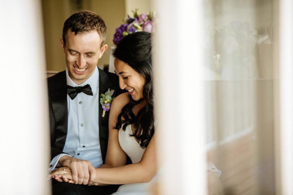 signing-wedding-liscence