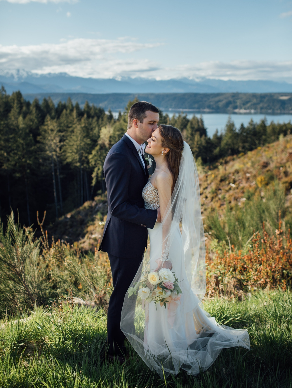 sunset-portraits-bride-and-groom