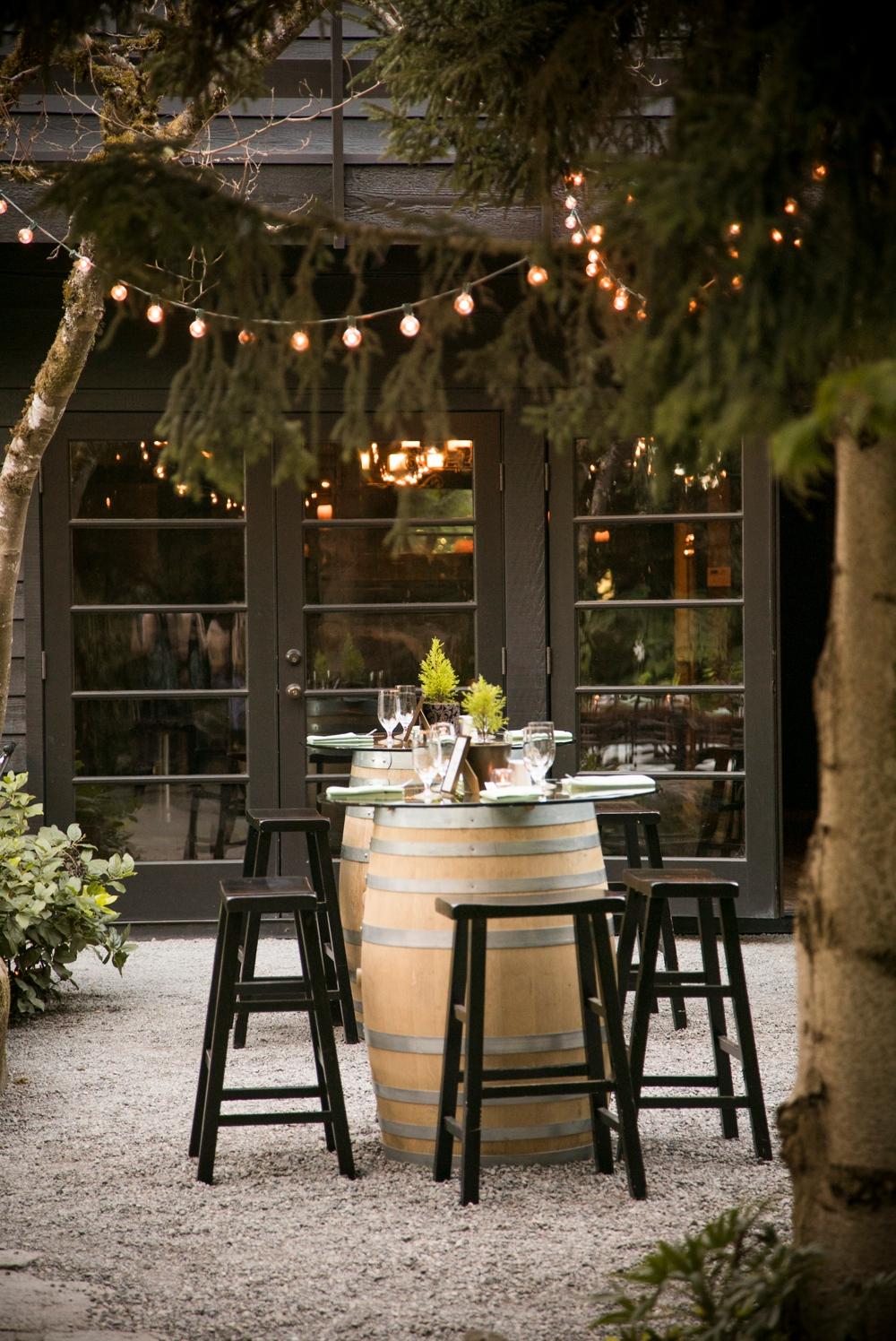 reception-table-setup-at-jm-cellars