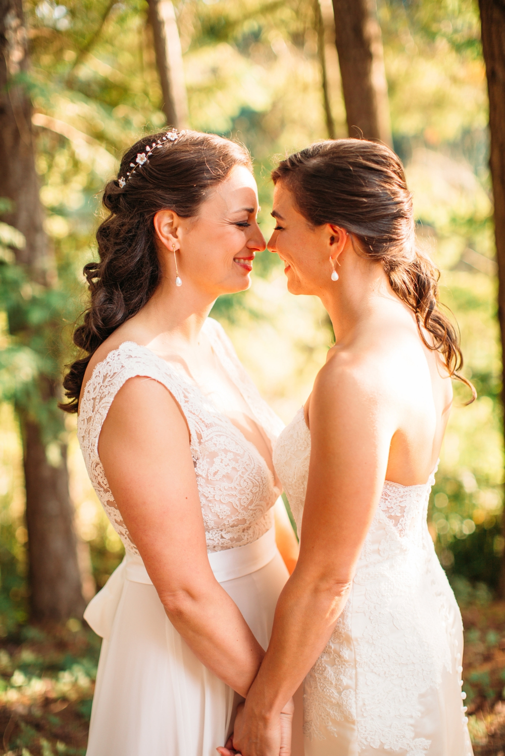 brides-nuzzle-in-forest
