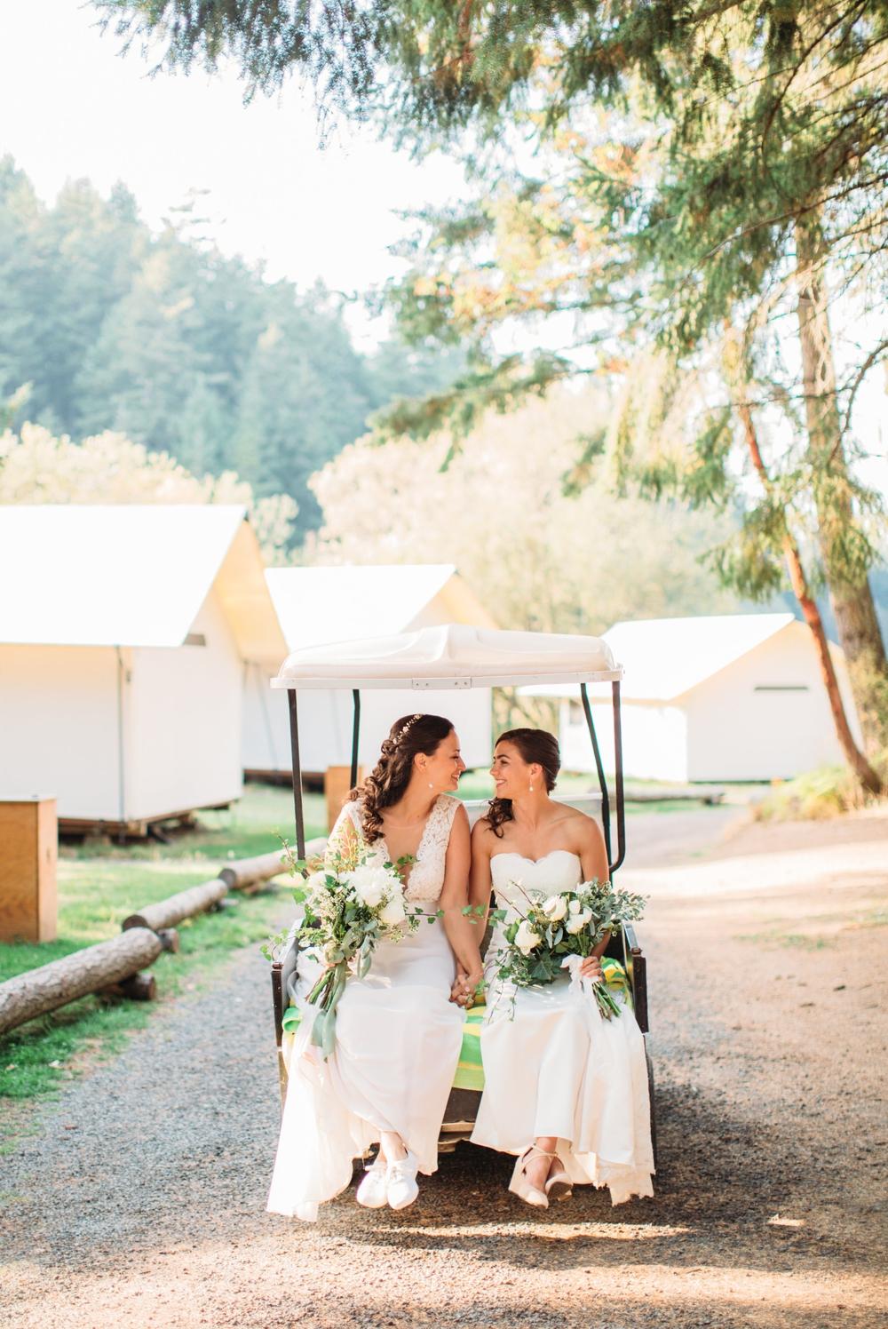 brides-ride-on-golf-cart