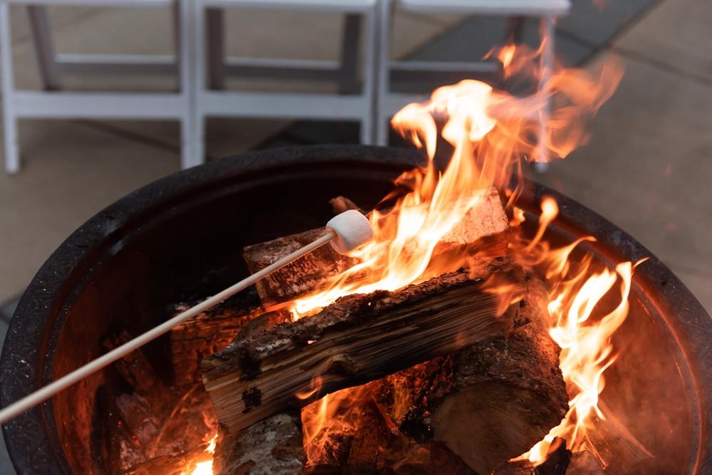 bonfire-and-smores